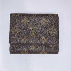Small Louis Vuitton wallet